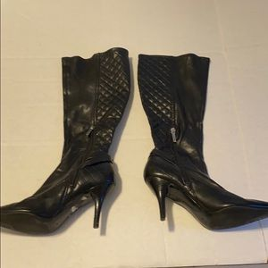 Guess Heeled Black Zip Up Boot Size 7M